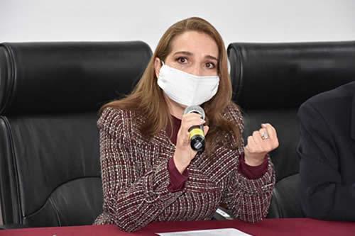 La vocal María Angélica Ruíz asumirá interinamente la presidencia del TSE