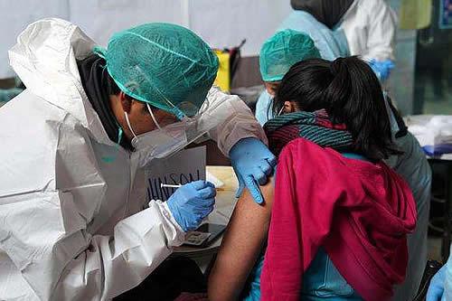 En Bolivia existe expectativa y satisfacción por el anuncio de vacunación anticovid a menores de 16 y 17 años