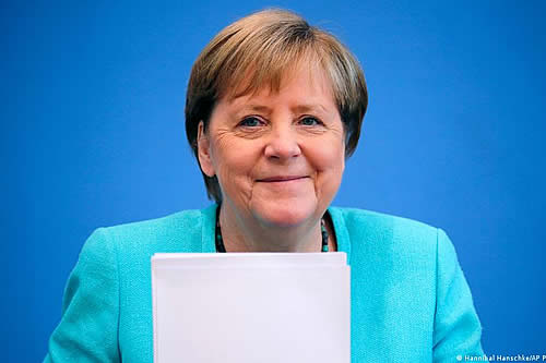 """Merkel alerta del aumento """"exponencial"""" de contagios en Alemania"""