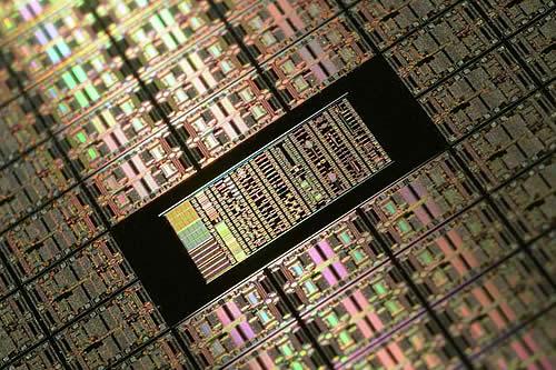 Con este nanomaterial de silicio podríamos acelerar la creación de 'microcentrales eléctricas'