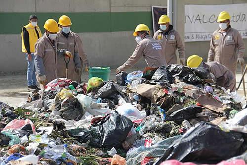 Entra en funcionamiento en La Paz una planta que convierte basura orgánica en abono