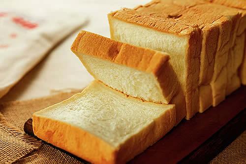 Dejar de comer pan no es tan bueno para la salud como crees
