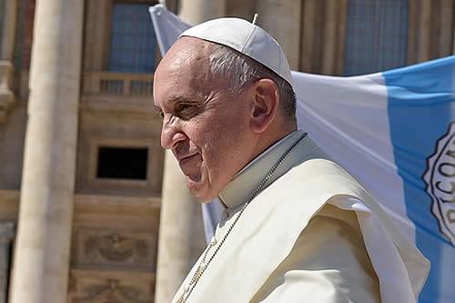 """El papa inicia una """"maratón de oración"""" contra la pandemia"""