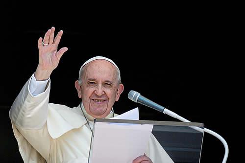 El papa Francisco ordena repartir 15.000 helados entre los prisioneros de dos cárceles romanas en medio del caluroso verano