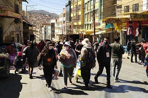 Los que más se contagian de COVID-19 en La Paz están entre los 30 y 39 años, según la Alcaldía