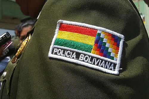 Caen dos coroneles ligados a Murillo por pretender sembrar condecoraciones falsas en la Policía