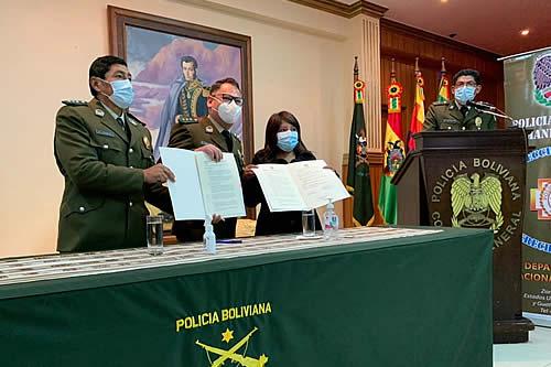 Defensoría del Pueblo y Policía firman acuerdo para capacitar el personal policial en derechos humanos