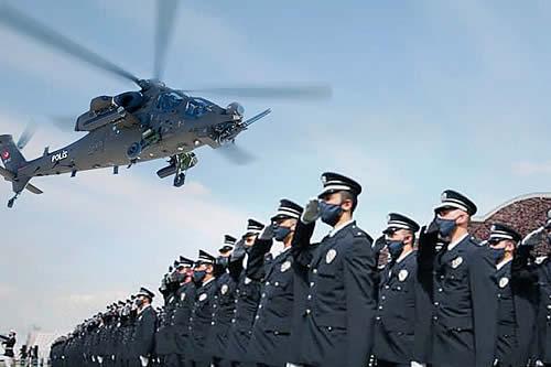 La Policía turca muestra en acción sus nuevos helicópteros de combate