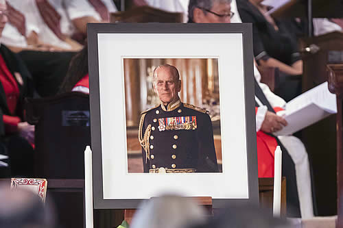 Ordenan mantener en secreto el testamento del príncipe Felipe de Edimburgo durante los próximos 90 años