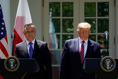 Trump enviará 1.000 soldados adicionales a Polonia