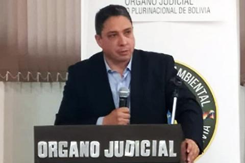 Ministro Arce dice que lo tergiversaron y que nunca justificó a Urquizu