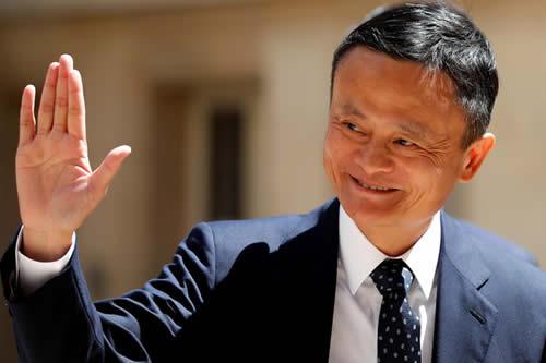 Jack Ma llama a sus empleados a tener mucho sexo