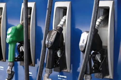 "Gobierno prevé iniciar en octubre venta piloto de gasolina ""Súper 97"""