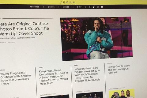 Un servicio de música acusa a Google de robar letras de canciones publicadas en su sitio