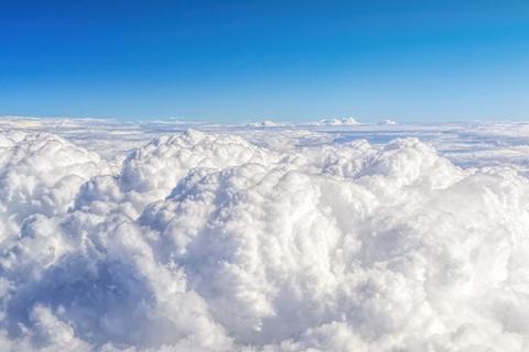 Como olas en el cielo: una estadounidense capta un extraño fenómeno natural y se vuelve viral