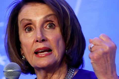 Facebook se niega a eliminar un video viral falso de Nancy Pelosi 'borracha'