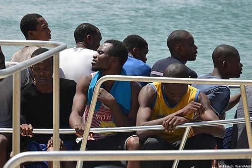 Interceptadas en Murcia dos pateras con 33 migrantes
