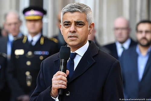 """El alcalde de Londres pide extender transición del """"brexit"""""""