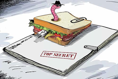 Ingrediente secreto: intentan vender datos de submarinos nucleares escondidos en un sándwich