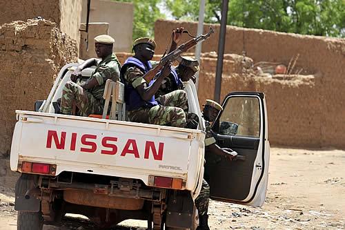 Al menos 100 civiles son asesinados durante uno de los ataques armados más letales ocurridos en Burkina Faso