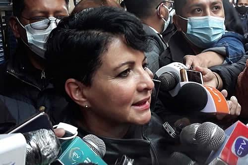 Susana Rivero se presenta en la Fiscalía: 'He traído mis pruebas de que nunca hubo vacío de poder'