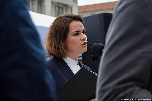 Líder opositora bielorrusa pide a Estados Unidos que imponga más sanciones a régimen de Lukashenko