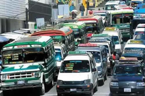 La Paz: Desde hoy rige de nuevo la restricción vehicular en el transporte  público y privado como era antes de la cuarentena | boliviaentusmanos