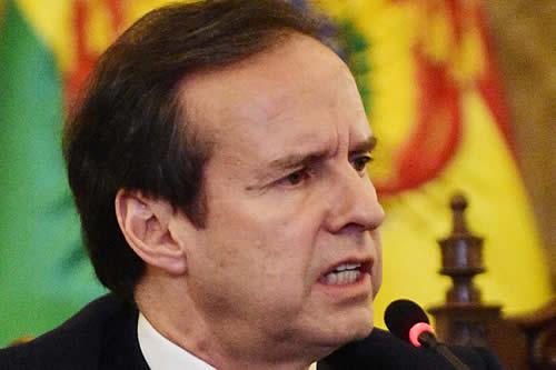 """Tuto: Morales trata de convertir su """"cobarde huida"""" de Bolivia en epopeya para salvar su vida"""