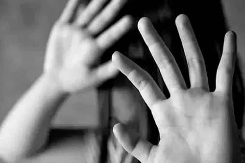 Violencia e infanticidio: Sujeto agredió a su familia y mató a su niña de un año en Tiquina