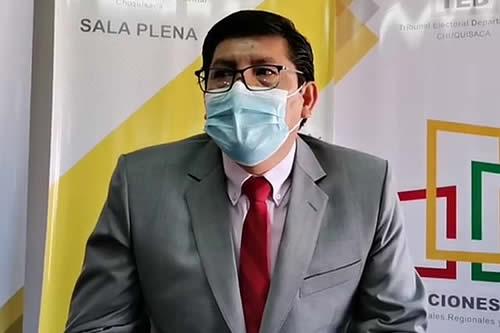 Wilfredo Cervantes renuncia a la vocalía y presidencia del TED Chuquisaca