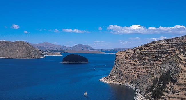 Bolivia: Atractivos Turísticos: LAGO TITIKAKA
