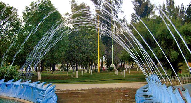 PARQUE ACUÁTICO MARISCAL SANTA CRUZ. COCHABAMBA, Bolivia. Guía de