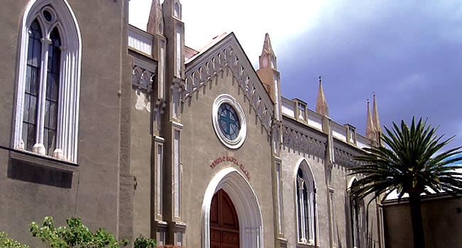 Iglesia y Convento Santa Clara