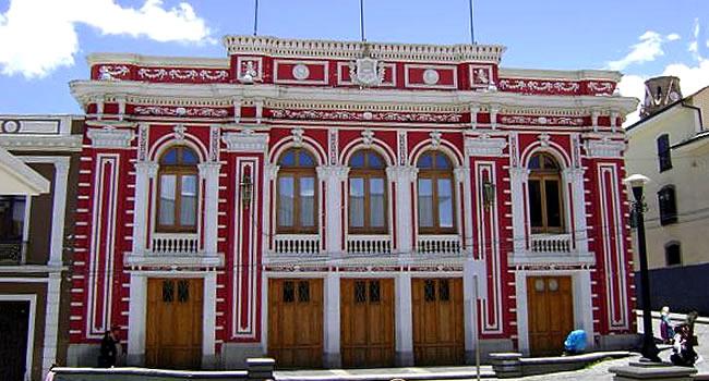 Teatro municipal Alberto Saavedra Perez